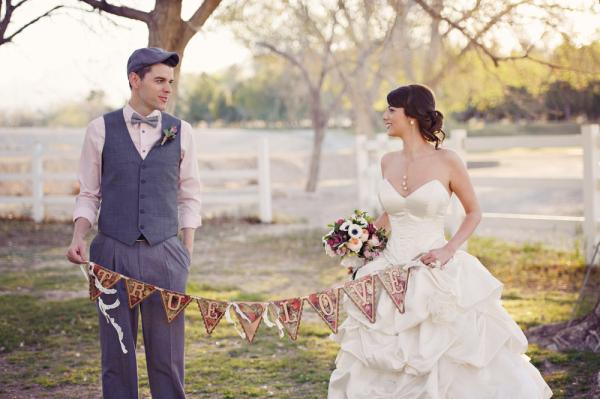 Romantic Las Vegas Garden Wedding | Photos by Weddings by Scott
