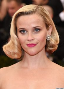 "NEW YORK, NY - MAY 05: Actress Reese Witherspoon attends the ""Charles James: Beyond Fashion"" Costume Institute Gala at the Metropolitan Museum of Art on May 5, 2014 in New York City. (Photo by Larry Busacca/Getty Images)"